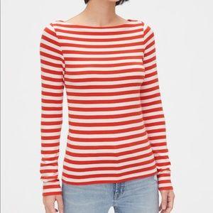 Modern Boatneck long sleeve shirt